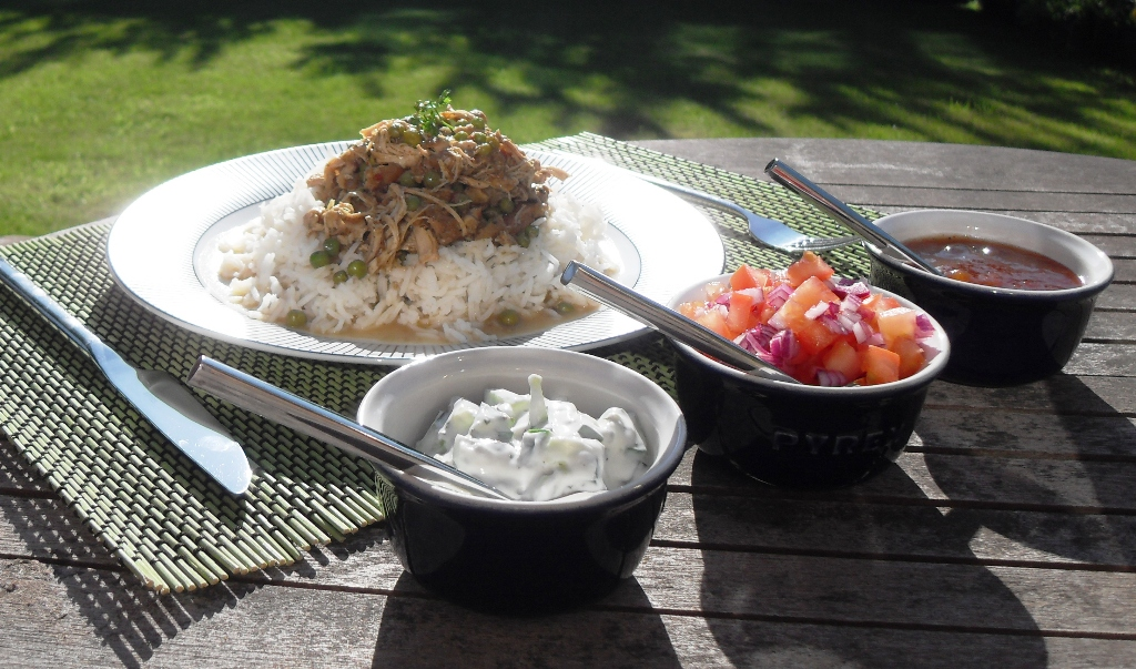 slow cooked pulled chicken curry