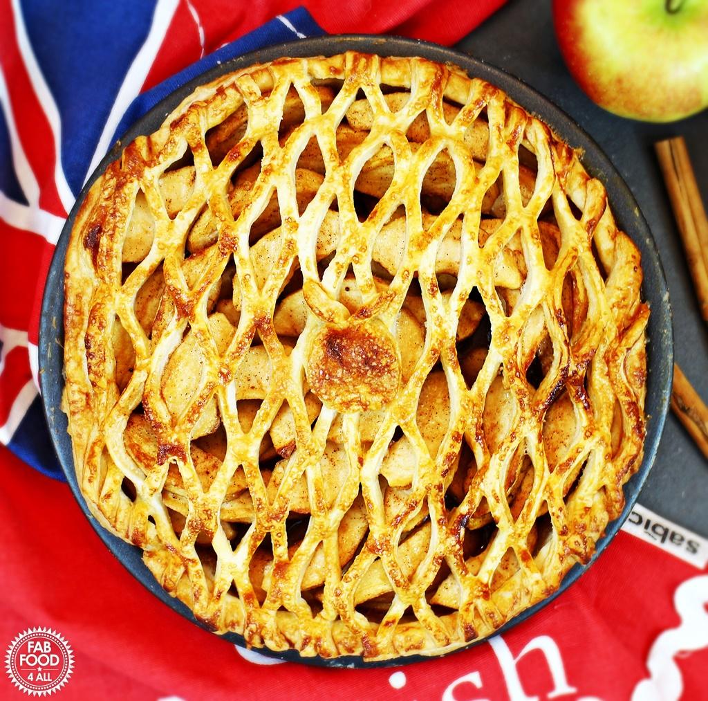 Spiced Apple Lattice Pie for #BritishPieWeek! Fab Food 4 All