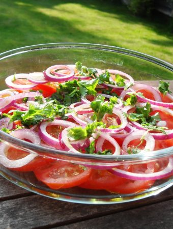 Tomato, Red Onion & Coriander Salad