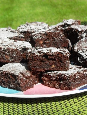 Specunana Chocolate Brownies - Speculoos (Biscoff Lotus Biscuit Spread), banana & chocolate brownies! #brownies #bananabrownies #speculoosbrownies #banana #speculoos #Biscoff #BiscoffRecipes #BiscoffBrownies #chocolate #ChocolateBrownies #ChocolateRecipes