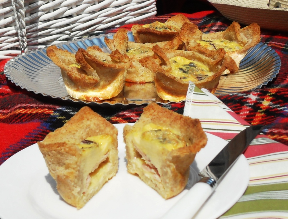 Croquiches a cross between Croque Monsieur and Quiche! Great for picnics!
