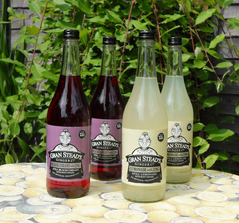 Traditional still lemondade and blackcurrant with ginger