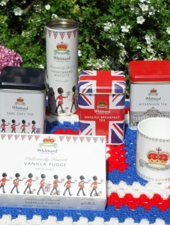 Royal Baby Giveaway, competition, Buckingham Palace, soldiers