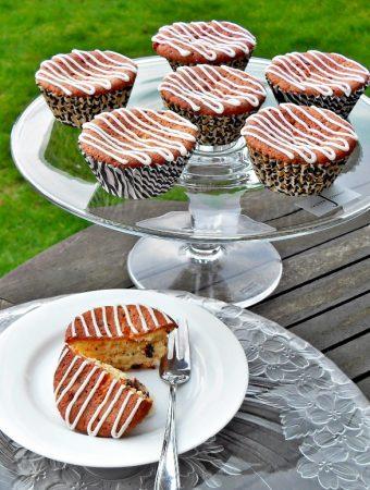 National Marmalade Week, cupcakes, quick, easy, gooey, Jasper Conran glass cake stand, chocolate orange
