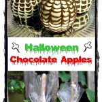 Halloween Chocolate Apples - the perfect spooky treat! #Halloween #chocolate #apple #partyfavor