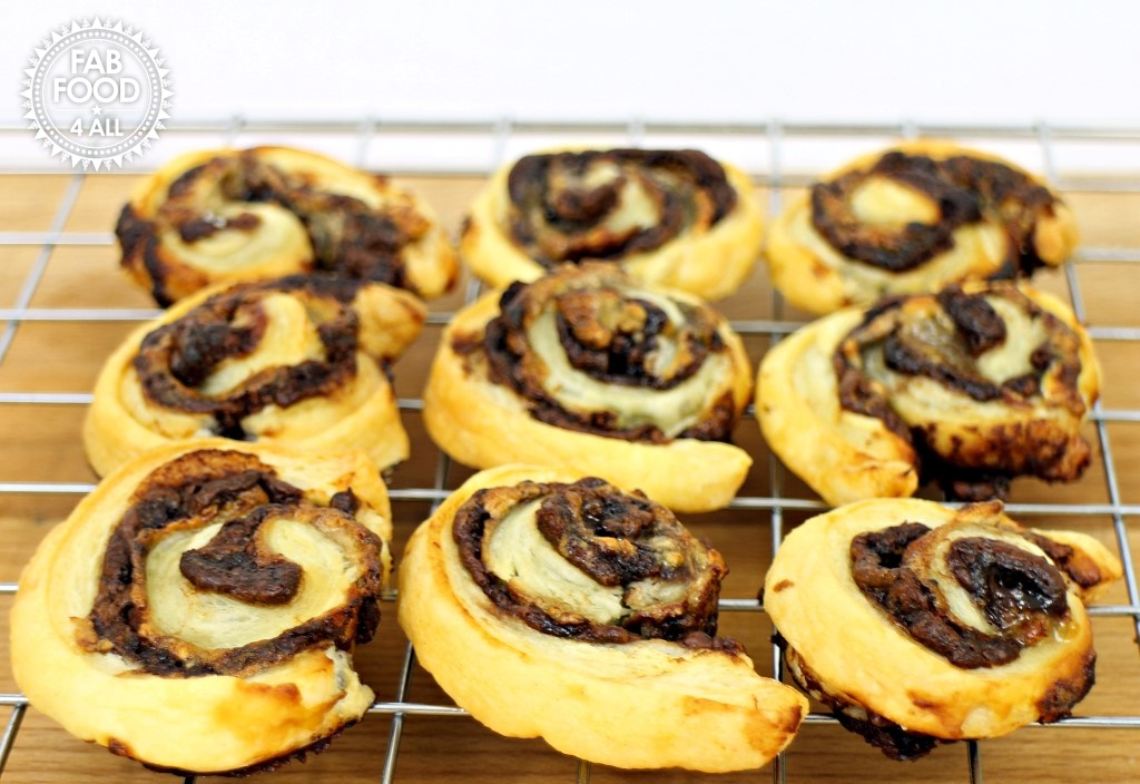 Leftover Pastry Banana Nutella Pinwheels - Fab Food 4 Alll, puff pastry, pastry scraps ideas, banana, Nutella