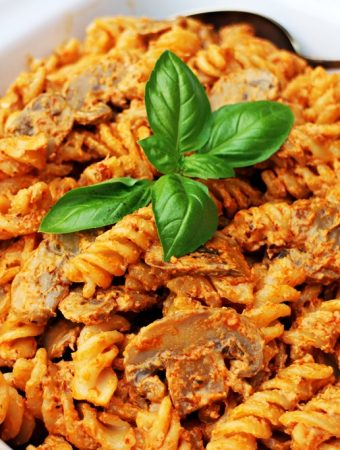 10 Minute Mushroom Pasta – a fab vegetarian family meal!