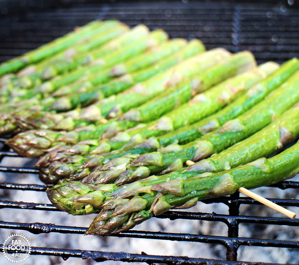 How to BBQ Asparagus @fabfood4all