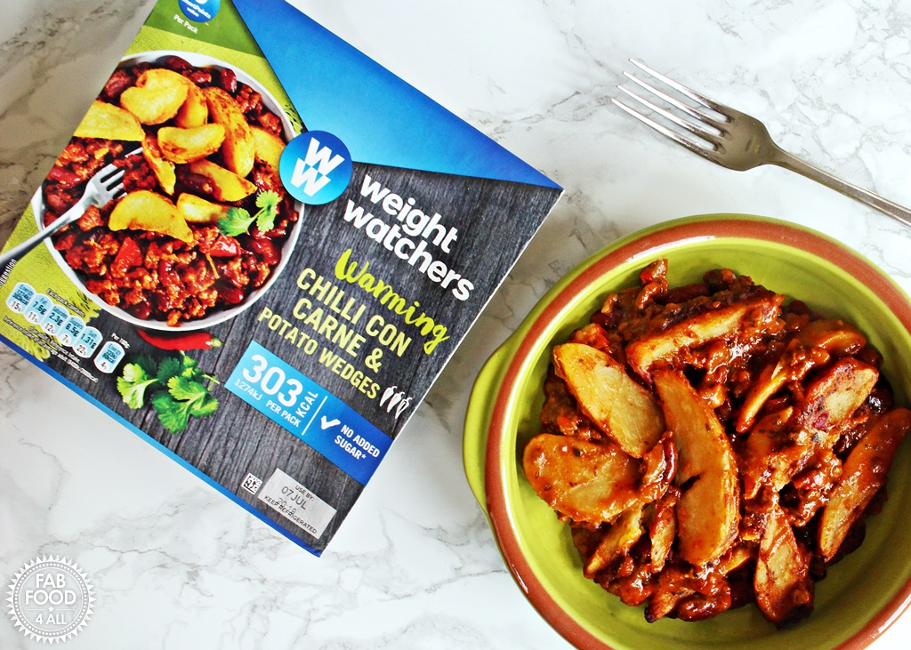 Weight Watchers Chilli Con Carne with Potato Wedges review - Fab Food 4 All