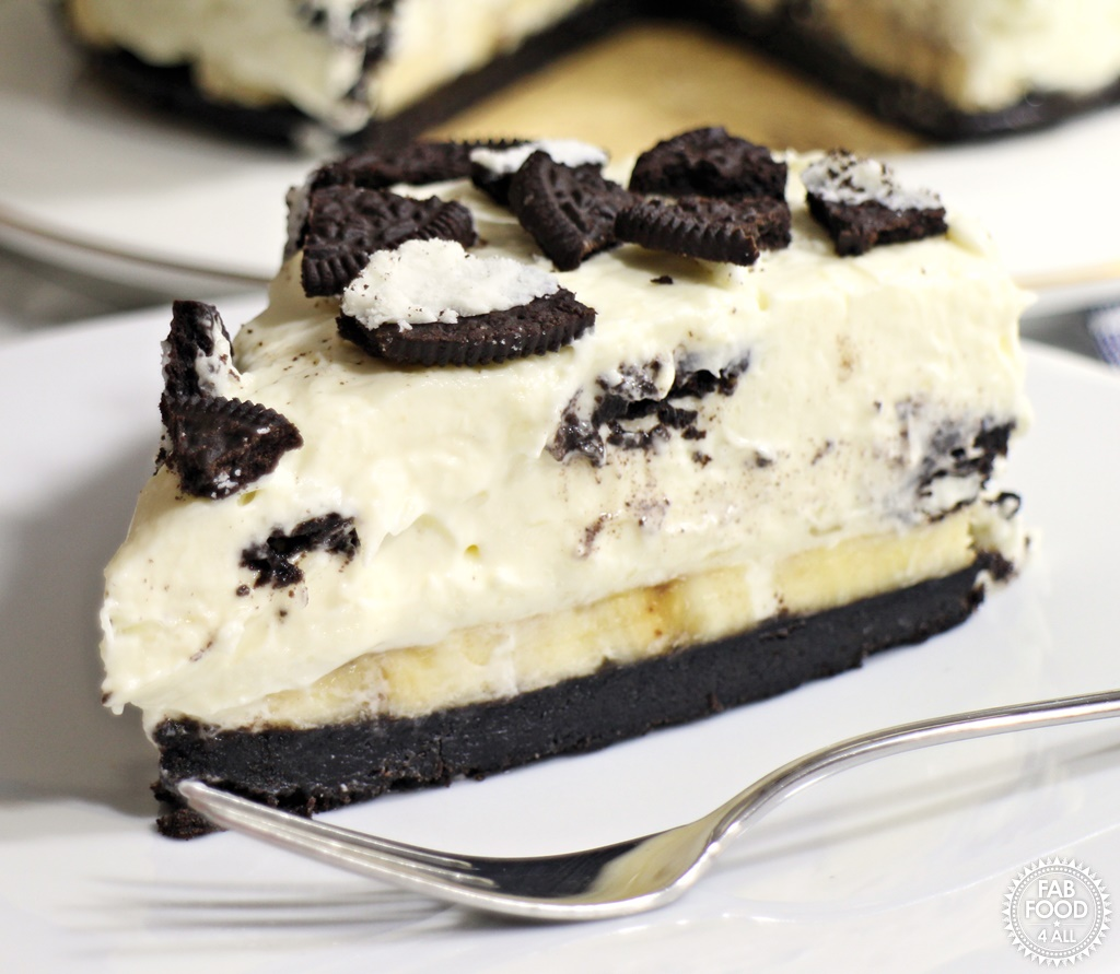 Banoreo Cheesecake - Fab Food 4 All #vegetarian #cheesecake #nobake #banana #Oreo #Vegegel