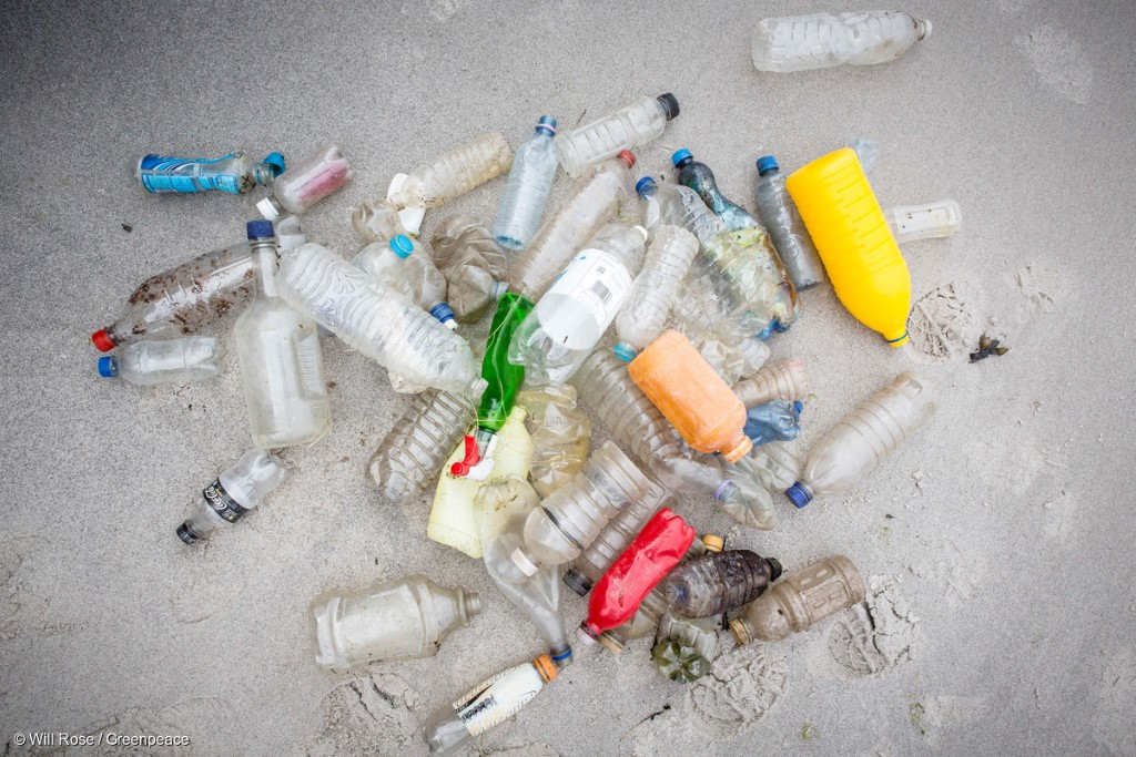 12 Ways Reduce your Plastic Footprint #EndOceanPlastics #PassOnPlastic