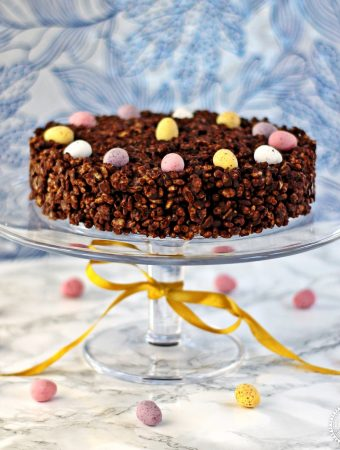 Mini Egg Chocolate Rice Crispy Cake - Fab Food 4 All #Easter #Mini Eggs #Cake #Birthday Cake #Mothers Day