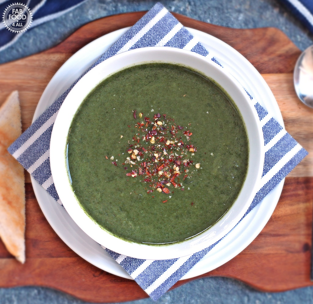 Quick Spinach Soup - Fab Food 4 All #soup #spinach #potato #healthy #vegan #vegetarian
